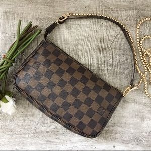 ♥️ Authentic Louis Vuitton Ebene Damier Pochette
